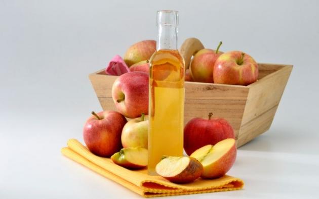 http://quinceteens.com/wp-content/uploads/2013/10/El-vinagre-de-manzana-para-aliviar-los-mareos-4.jpg